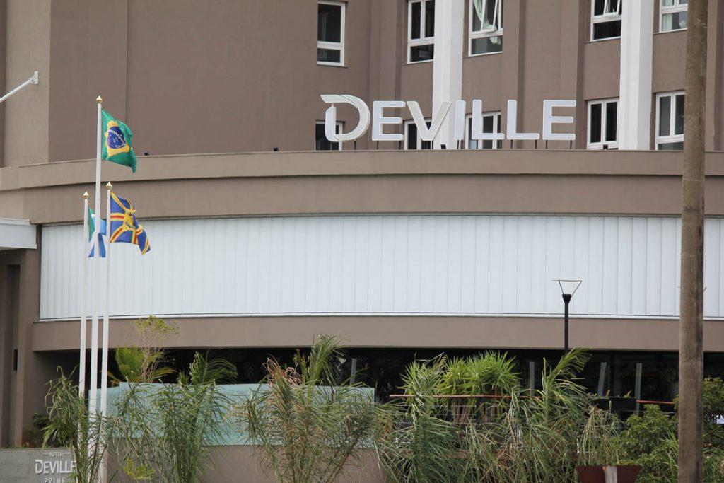 hotel_deville-02